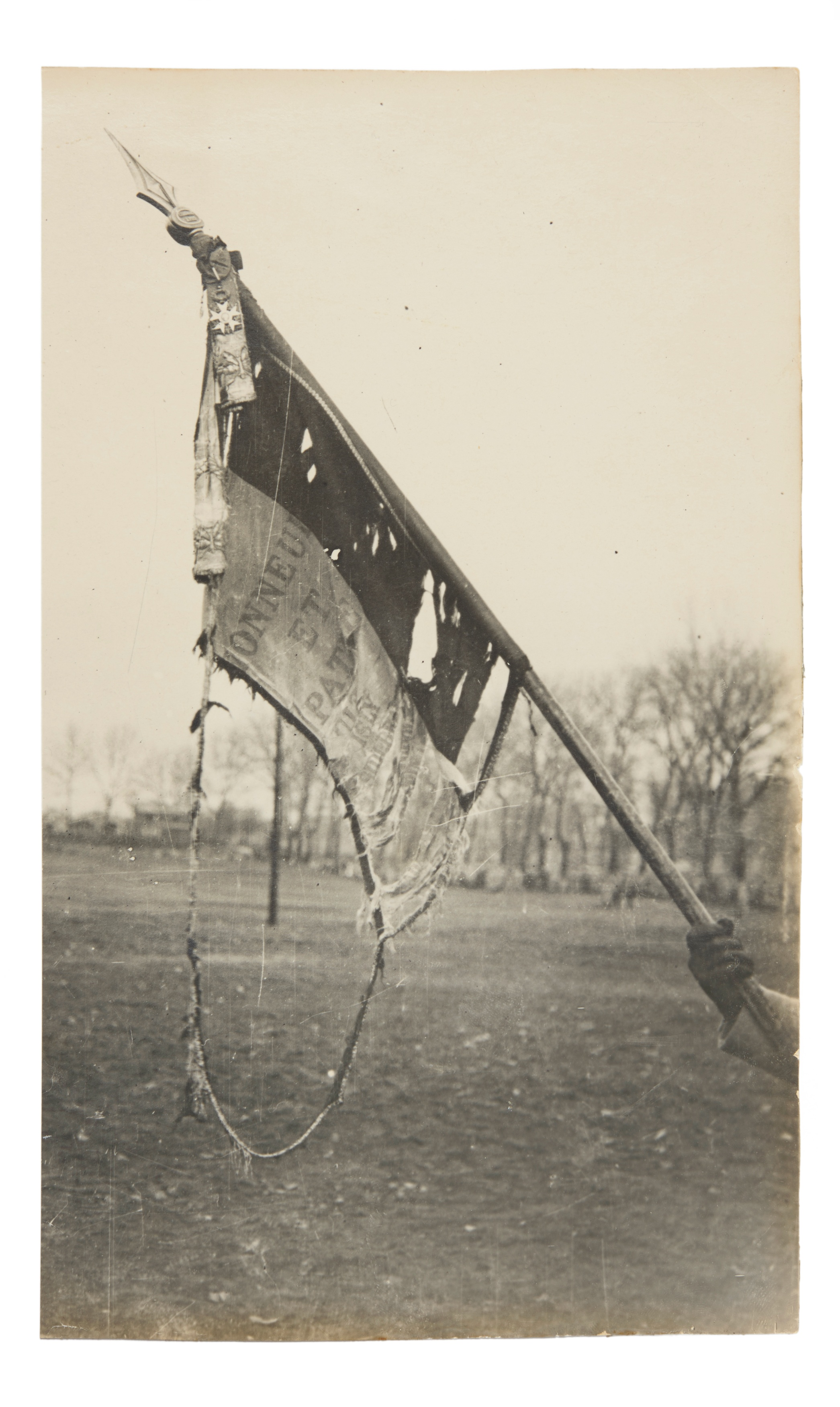 Legendre, Damaged French regimental flag, silver gelatin print, 1914-1918© as a collection by Jacques Herzog und Pierre de Meuron Kabinett, Basel.